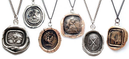 Pyrrha necklaces